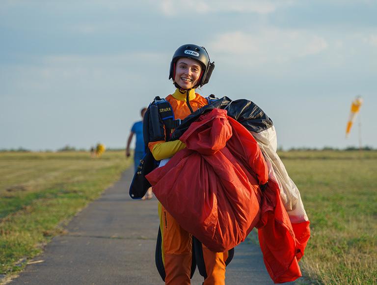 Прыжок с парашютом в Киеве 21, 22 и 23 августа