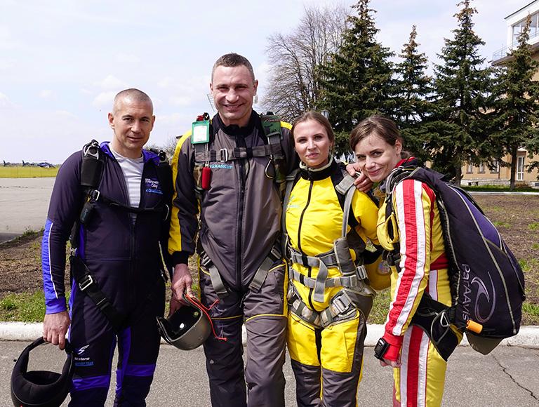 Прыжок с парашютом в Киеве 24, 25 и 26 сентября